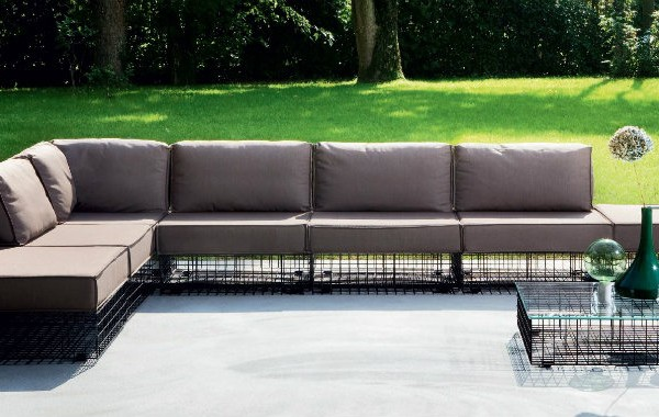 How to put Modern Sofas at home and outdoor modern hospitality Modern Sofas How to Put Modern Sofas at Home and Outdoor How to put Modern Sofas at home and outdoor modern hospitality 600x380