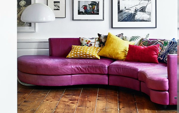 Reasons To Fall In Love With A Pink Sofa pink sofa 13 Reasons To Fall In Love With A Pink Sofa Reasons To Fall In Love With A Pink Sofa 1 2 600x380