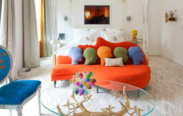10 Reasons To Add An Orange Sofa To Your Living Room Set orange sofa 10 Reasons To Add An Orange Sofa To Your Living Room Set 10 Reasons To Add An Orange Sofa To Your Living Room Set 11 600x380