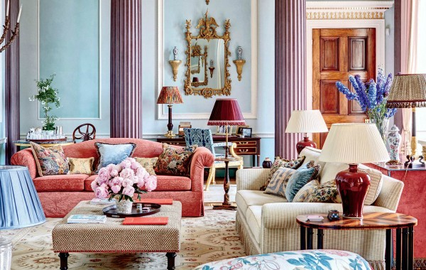 Get Inspired By These Modern Sofas In Pantone Colors For Spring pantone colors Get Inspired By These Modern Sofas In Pantone Colors For Spring Get Inspired By These Modern Sofas In Pantone Colors For Spring 2 1 600x380