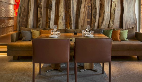 Smashing Modern Sofas In Restaurant Interiors That You Will Covet modern sofas Smashing Modern Sofas In Restaurant Interiors That You Will Covet Smashing Modern Sofas In Restaurant Interiors That You Will Covet 600x350