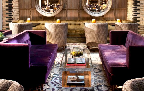 The Most Beautiful Modern Sofas In Hotels modern sofas The Most Stunning Modern Sofas In Hotel Interiors Thompson Hotel 1 600x380