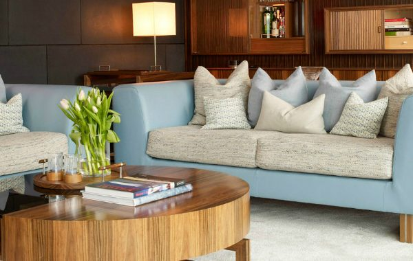 Brilliant Modern Sofas In Living Room Projects By David Linley david linley Brilliant Modern Sofas In Living Room Projects By David Linley Brilliant Modern Sofas In Living Room Projects By David Linley 600x380