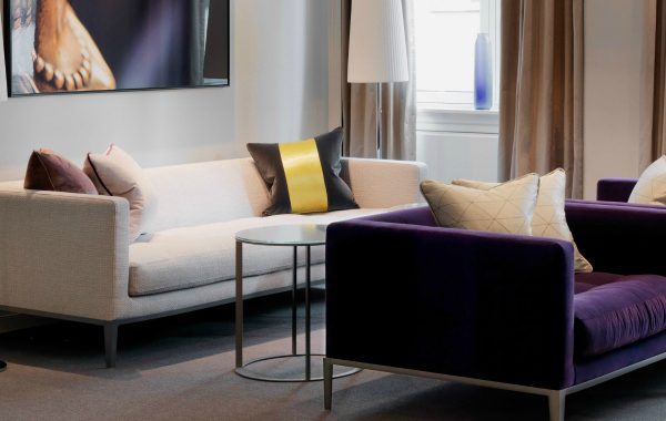 10 Modern Sofas In Amazing Interiors By Anemone